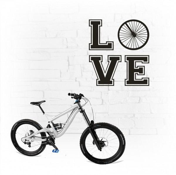 L O V E Wandtattoo Bicycle